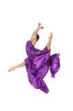 Balletdanser in vliegende satijnkleding Royalty-vrije Stock Fotografie
