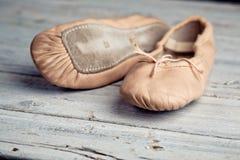 Balletschoenen royalty-vrije stock foto's