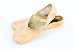 Ballett-Punkt-Schuhe oder Hefterzufuhren lizenzfreie stockfotografie
