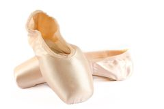 Ballett-Schuhe getrennt auf Weiß Lizenzfreie Stockfotos