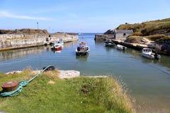 Ballintoy hamn royaltyfri bild