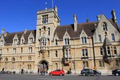 Balliol för huvudsaklig ingång högskola, Oxford, England Arkivbilder