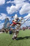 Ballo cerimoniale al powwow di Julyamsh Fotografie Stock