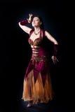 Ballo della donna - vestito arabo tradizionale Fotografie Stock Libere da Diritti