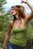 Ballo della ragazza con gioia Fotografie Stock