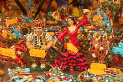 Ballo di flamenco della bambola, finestra di deposito fotografia stock libera da diritti