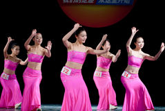 Ballo di luce della luna della nazionalità di DAI--Danza popolare cinese Fotografia Stock