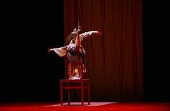"Ballo di spada sul  di Lanfang†di drama""Mei di tavola-ballo Immagini Stock"