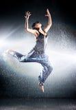 Ballo moderno della giovane donna Immagine Stock Libera da Diritti