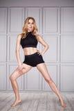 Ballo sano sexy della donna del vestito di yoga di sport Fotografia Stock Libera da Diritti