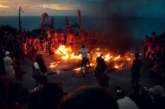 Ballo tradizionale di balinese di Kecak del fuoco Fotografia Stock Libera da Diritti