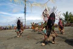 Ballo tribale tradizionale al festival della maschera Fotografia Stock