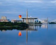 Ballon à air chaud à Putrajaya Image libre de droits