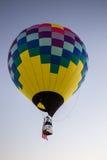 Ballon à air chaud au-dessus de la Californie Images libres de droits
