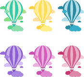 Ballon à air chaud coloré dans le ciel illustration de vecteur