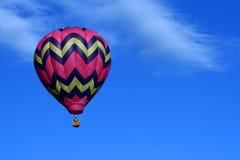 Ballon à air chaud rose Images libres de droits