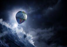 Ballon à air dans la tempête Image stock