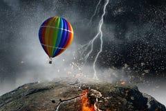 Ballon à air dans la tempête Images stock