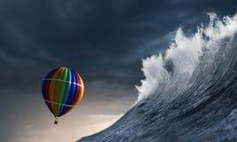 Ballon à air dans la tempête Image libre de droits