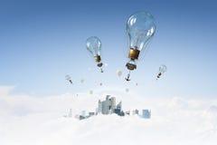 Ballon à air en ciel d'été Photographie stock
