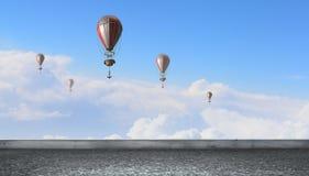 Ballon à air en ciel d'été Images libres de droits