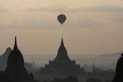 Ballon. A ballon is flying over one of the temples in Bagan, Burma Stock Photo