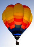 Ballon coloré rougeoyant Photographie stock