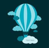 Ballon d'air chaud dans le ciel Image stock