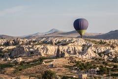 Ballon dans Cappadocia Turquie Photographie stock