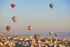 Ballon dans Cappadocia TURQUIE - 13 novembre 2014 Photos stock