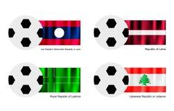 Ballon de football avec le Laos, la Lettonie, le Ladonia et le drapeau du Liban Photographie stock