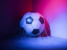 Ballon de football dans le coin image libre de droits