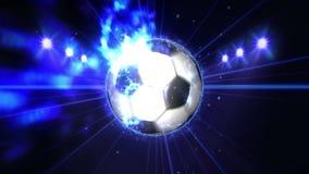 Ballon de football dans le domaine sous l'éclairage de couleur Concept d'équipe de sports stade ground Champ Projecteurs la nuit illustration libre de droits