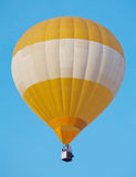 Ballon in de hemel Stock Fotografie