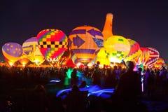 Ballon-Glühen mit hellem Säbel Stockbild