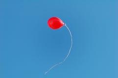 Ballon im Himmel Stockfotografie