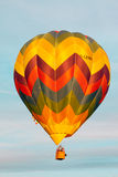 Ballon im Himmel von Ferrara Lizenzfreie Stockfotos