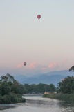 Ballon op rivier Royalty-vrije Stock Foto
