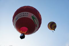 Ballon vers le haut dans le ciel Photographie stock
