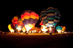 Ballone über Waikato Stockfotos