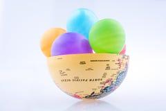 Ballone auf einer Kugel Lizenzfreie Stockfotografie