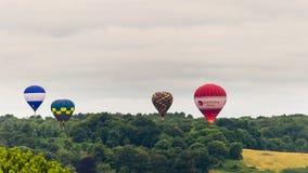 Ballone, die bei Bristol Balloon Fiesta E 2016 sich entfernen Stockbild