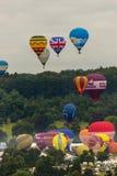 Ballone, die bei Bristol Balloon Fiesta J 2016 sich entfernen Lizenzfreie Stockbilder
