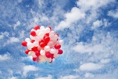Ballone im Himmel, Wolken Feier, Ereignis Lizenzfreies Stockbild
