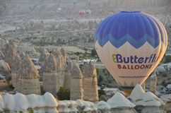 Ballone nehmen Flug Lizenzfreie Stockfotos