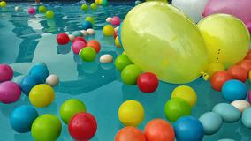 Ballone und Bälle lizenzfreie stockfotografie