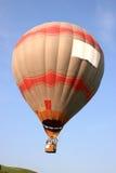 Ballong för varm luft i flyg Royaltyfri Foto