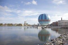 Ballong för varm luft på Disney vårar Royaltyfri Bild