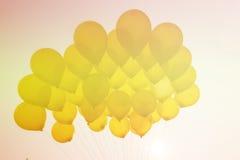 Ballong på himmel Royaltyfria Bilder