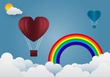 Ballongen för dagen för valentin` s hjärta-formade att sväva i himlen och beaen Royaltyfri Foto